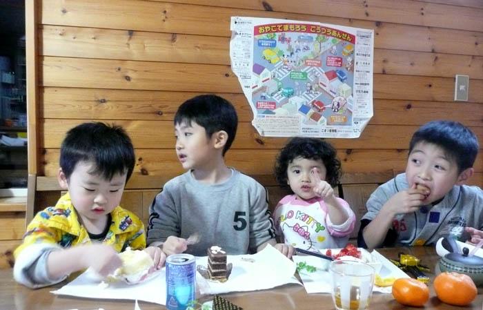正月の子供たち!_f0150893_1872481.jpg