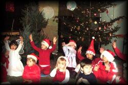 プラハの幼稚園にて ミクラーシュ&クリスマスコンサート_c0182100_1305847.jpg