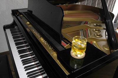 ピアノ_f0103459_18162423.jpg