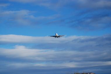 飲茶と飛行機と青い空 「TOP GUN」_d0129786_14521444.jpg