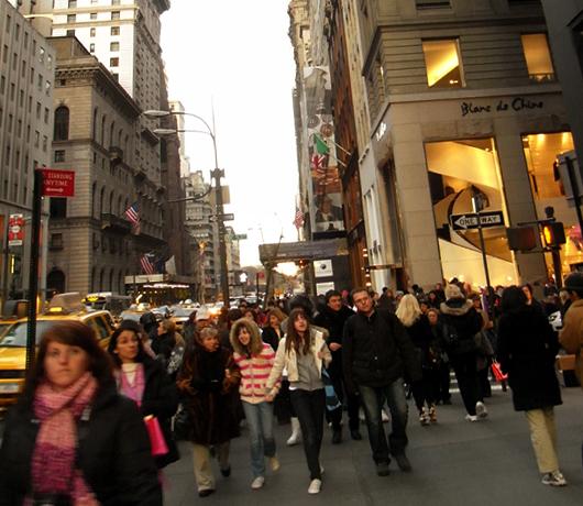 ミッドタウン5番街をお散歩した気分になる街角風景_b0007805_23522658.jpg