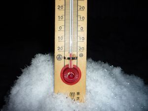 凍ったシャボン玉_b0135948_9544216.jpg