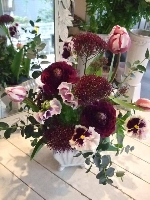 オークリーフ花の教室(中山さんの作品)_f0049672_125607.jpg