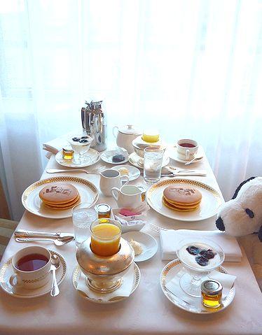 帝国ホテル スヌーピー ハートフルステイ   スヌーピーのパンケーキで 朝ごはん^^☆*:.。.☆*†_a0053662_2011548.jpg