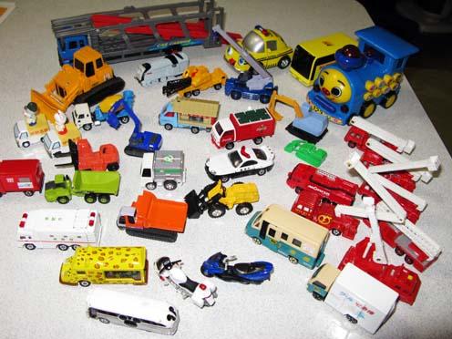 おもちゃ_f0129726_2232493.jpg