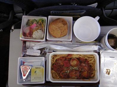 KLM食器_b0141474_23123484.jpg