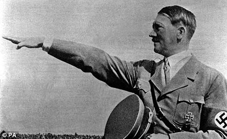 アンゲラ・メルケルはヒトラーの娘か? by David Meyer_c0139575_1541839.jpg