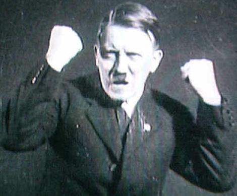 アンゲラ・メルケルはヒトラーの娘か? by David Meyer_c0139575_1574833.jpg