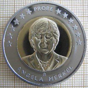 アンゲラ・メルケルはヒトラーの娘か? by David Meyer_c0139575_2102579.jpg