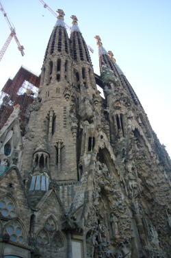 スペインへ☆バルセロナ&マドリッド_c0182100_2104112.jpg