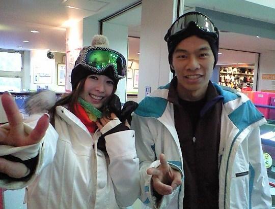 本日のスキー場は_c0151965_1854767.jpg