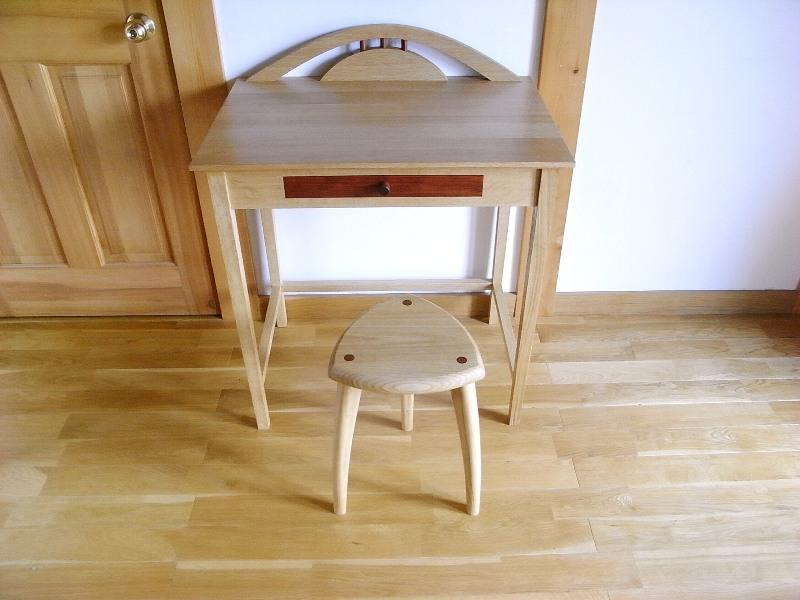 ちょっといい家具♪_f0174866_14374551.jpg