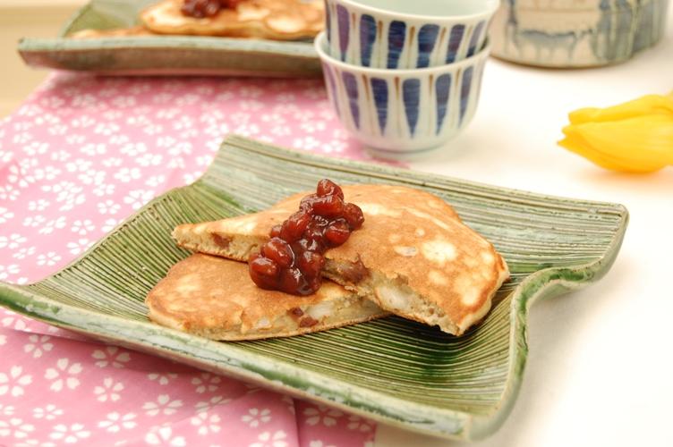 もっちり美味しい!餅入りあずきホットケーキ_d0104926_647377.jpg