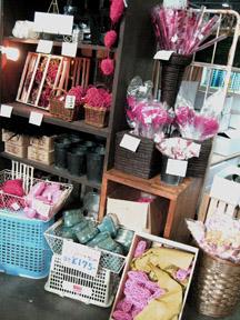 今年最初の花市場はもうすっかり春でした。_f0179528_22545110.jpg