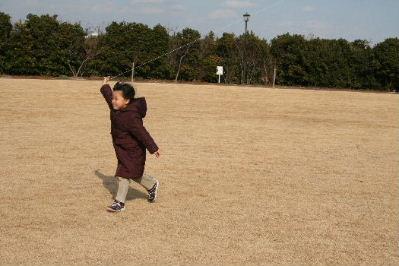 凧揚げとロールちゃん_f0082141_18182421.jpg