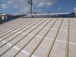 屋根の集熱空気層_f0059988_17132563.jpg