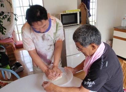 餃子を作る_e0077899_575332.jpg