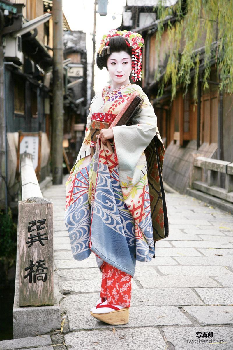 舞妓Haaaan!!!  2_f0021869_22382081.jpg