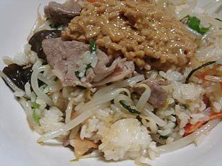 肉野菜納豆チャーハン_c0025217_11521357.jpg