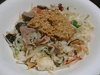 肉野菜納豆チャーハン_c0025217_1152421.jpg
