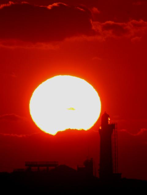 角島灯台の夕陽_d0074828_2315218.jpg