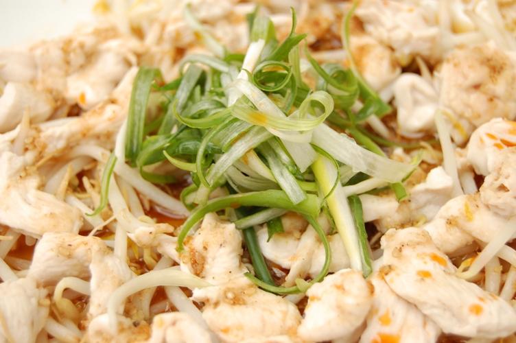 「和」超簡単レンジでチン☆鶏ともやしのレモンごま風味蒸し☆_d0104926_7151521.jpg