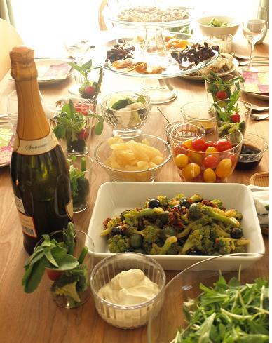 ブイヤベースとたっぷり野菜のホームパーティー☆_d0128268_23582460.jpg