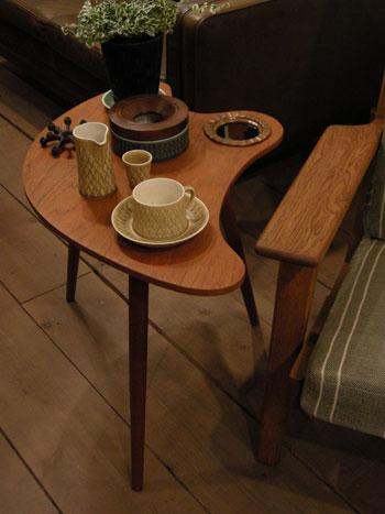 side table (DENMARK)_c0139773_19451390.jpg
