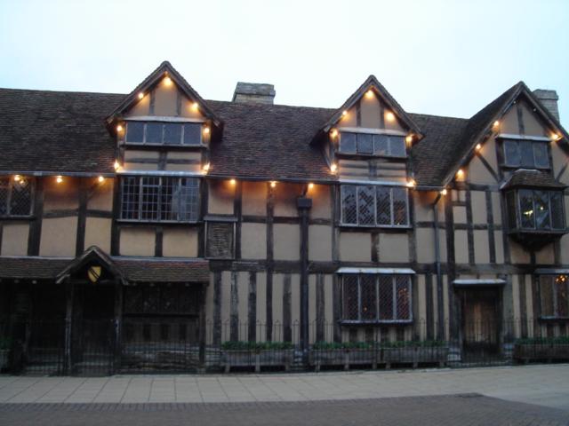 シェイクスピアの生家へ_a0025572_23253486.jpg