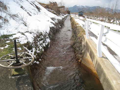 笹谷大堰の旧取水口を求めて_a0087378_1922276.jpg