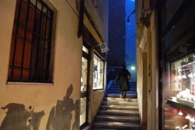 ヴェネツィア到着第一日目の様子から。_d0129786_201152.jpg