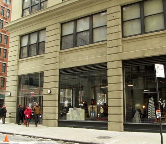 ブルックリンの室内型フリマ Winter Antiques Pop-Up Market_b0007805_9144186.jpg