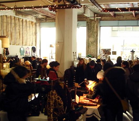 ブルックリンの室内型フリマ Winter Antiques Pop-Up Market_b0007805_9145235.jpg