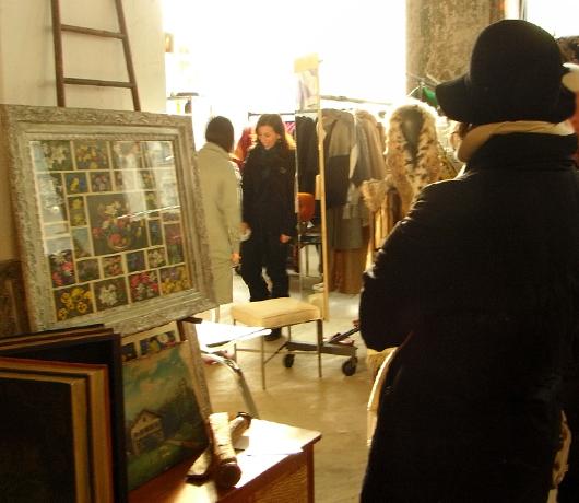 ブルックリンの室内型フリマ Winter Antiques Pop-Up Market_b0007805_9153556.jpg