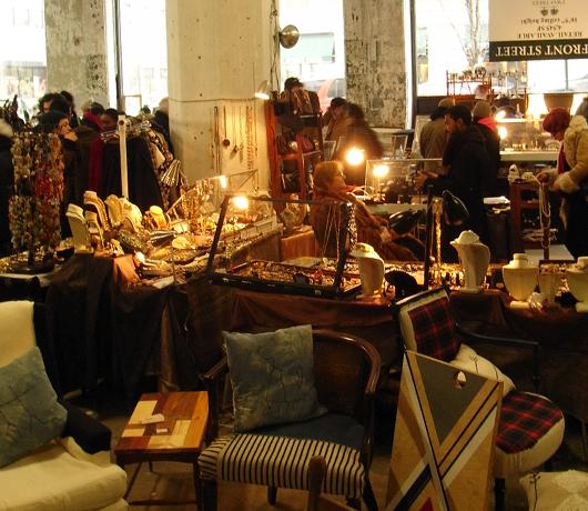 ブルックリンの室内型フリマ Winter Antiques Pop-Up Market_b0007805_917483.jpg