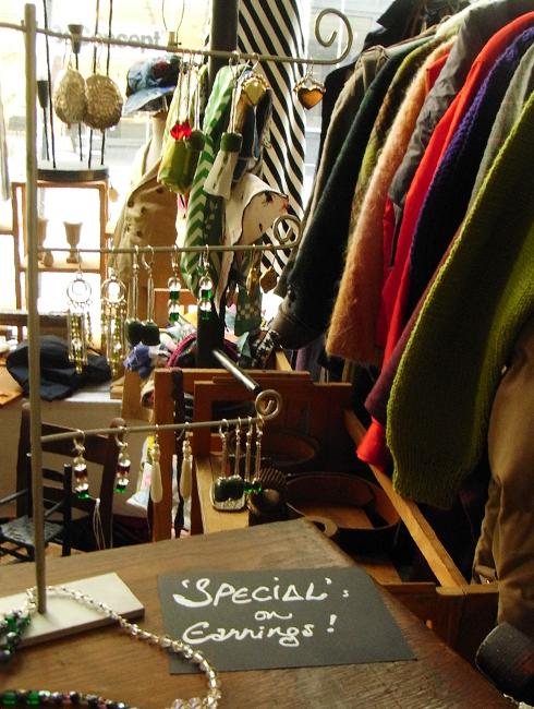 ブルックリンの室内型フリマ Winter Antiques Pop-Up Market_b0007805_9322027.jpg