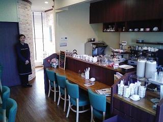浜松の豪華ニュータウンのカフェ_f0130259_16315059.jpg