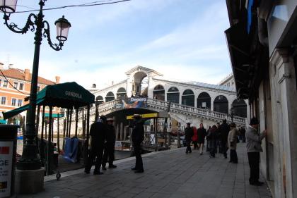 ヴェネツィアの魚市場でお買い物。_d0129786_0552459.jpg