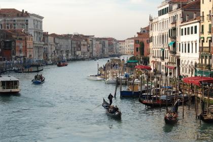 ヴェネツィアの魚市場でお買い物。_d0129786_0561954.jpg