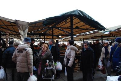 ヴェネツィアの魚市場でお買い物。_d0129786_0592095.jpg