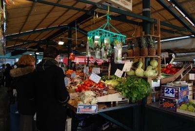 ヴェネツィアの魚市場でお買い物。_d0129786_0595634.jpg