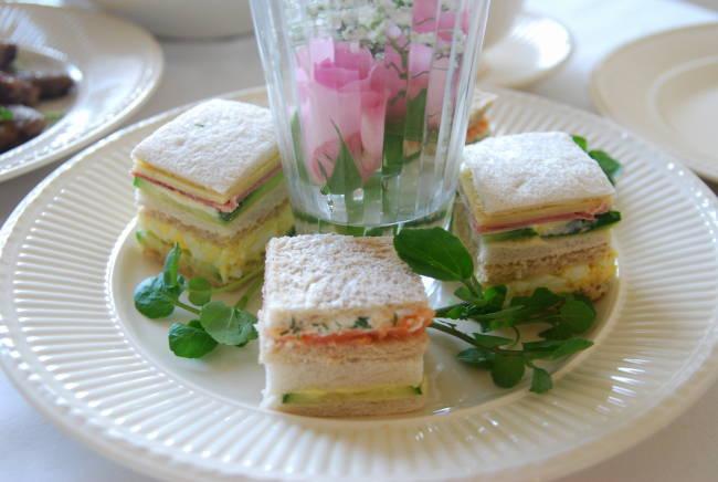 菱餅風 サンドイッチ 4種_a0103712_16564558.jpg