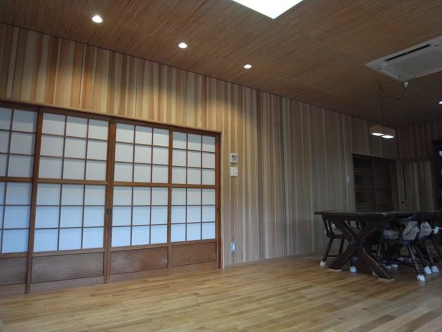 床板にナラ その下には 床暖房ゆかいーな_e0118649_012688.jpg