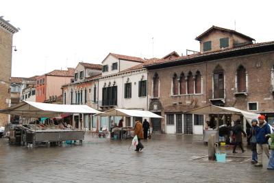ヴェネツィア、ゴンドラの模型工房を探して。_d0129786_081425.jpg