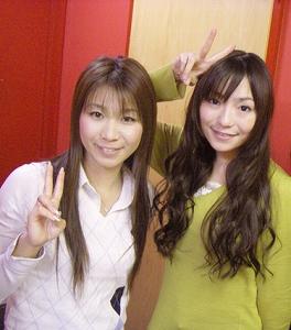 WEBで酒井香奈子ウクレレ&彩音ボーカルで生セッションが実現!!_e0025035_99327.jpg