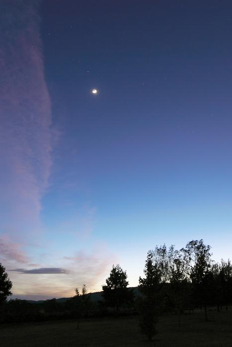 月とさそり座_f0084337_2164063.jpg