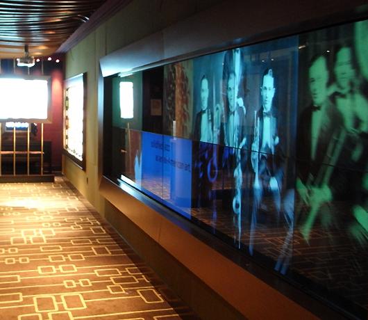 ニューヨークの「JAZZの殿堂」を日本で楽しむ方法_b0007805_12121525.jpg