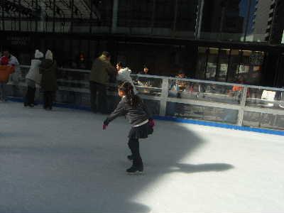 子供とスケート @赤坂サカス_f0141419_5575024.jpg