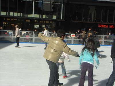 子供とスケート @赤坂サカス_f0141419_641196.jpg