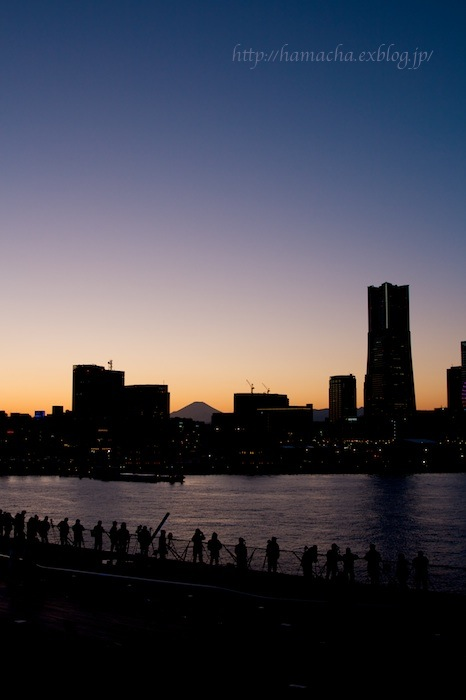 Yokohama in Blue_c0158775_2044534.jpg